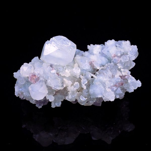 Apophyllite and Stilbite Crystal Beds from Maharastra in India